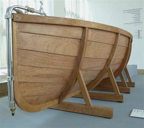 Badewanne Aus Holz by Holzbadewanne Coole Vorschl 228 Ge