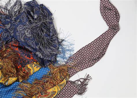 Scarf Lelga Original Jb 200 navy paisley silk scarf made in grahame fowler
