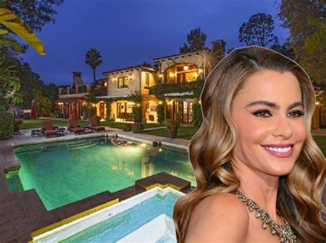 sofia vergara house sofia vergara bought a 10 6 million villa in beverly hills business insider