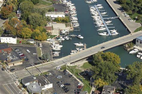 boat house kenosha boat house pub and marina in kenosha wi united states
