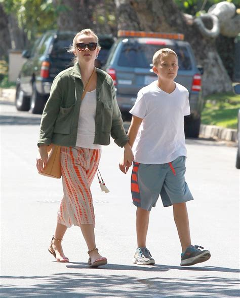 Reese Witherspoons New Look by Deacon Phillippe Pictures Reese Witherspoon Family
