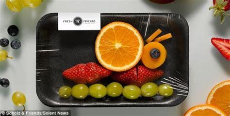 Hoe Voorkom Je Fruitvliegjes by Creatieve Manier Om Aan Het Fruit Te Krijgen Culy Nl