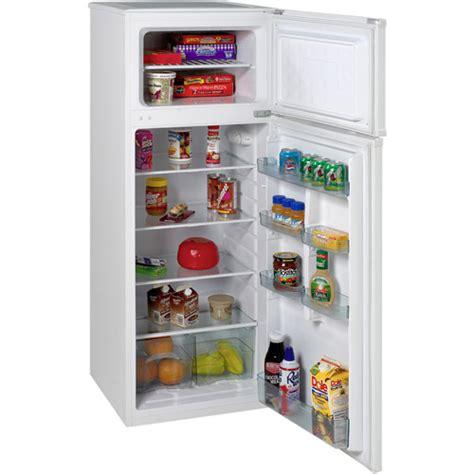 Apartment Size Fridge by Avanti 7 5 Cu Ft Two Door Apartment Size Refrigerator
