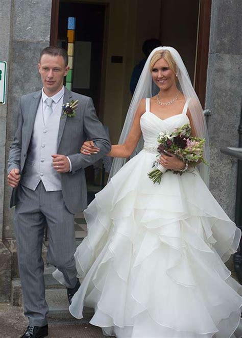 married swing swing singer dervla burke weds term