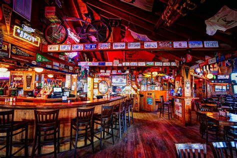 Bar And Bar Howards Pub And Bar Outer Banks Vacation Guide