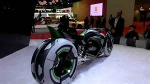 Electric Car Motor In Each Wheel Kawasaki 3 Wheel Electric Vehicle Quot J Quot Concept In Tokyo
