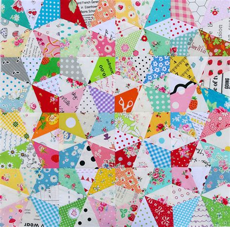 Kaleidoscope Patchwork Quilt Pattern - kaleidoscope block and free foundation paper piecing