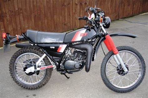 Yamaha Dt175mx 1981 Restored featured bikes yamaha dt 1981 yamaha dt175mx 2k4 ref 126