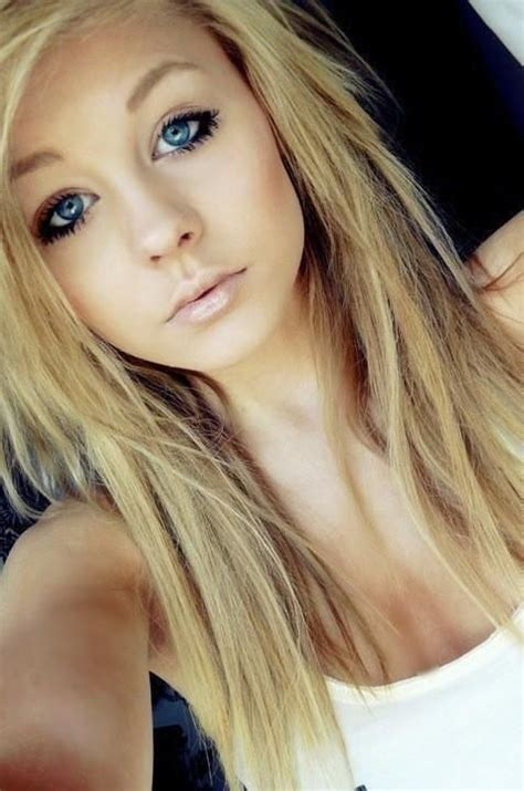 haircuts that help to take the eyes away from jowls 10 ideal blonde hairstyles for women with blue eyes