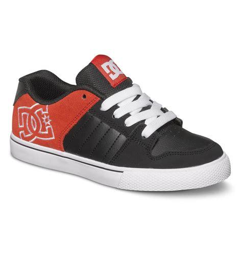 boys dc shoes boy s shoes 320233a dc shoes