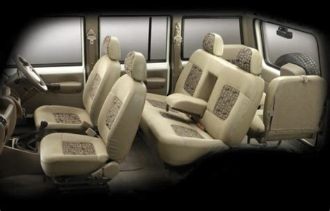Tavera 7 Seater Interior by Mahindra Bolero Versus Chevrolet Tavera Car Comparisons