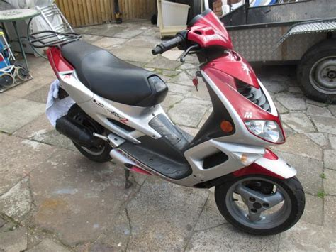peugeot speedfight 2 100cc peugeot speedfight 2 100cc 2000 reg great barr dudley