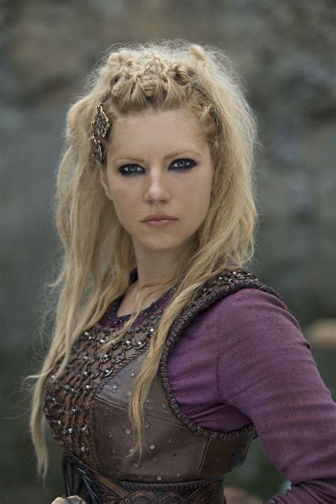 lagertha hairstyle the hairstyles of vikings have earned these