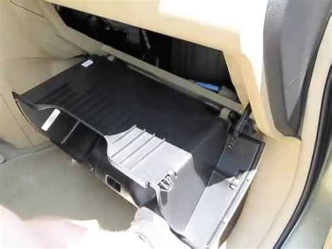 cabin air filter replacement honda cr v