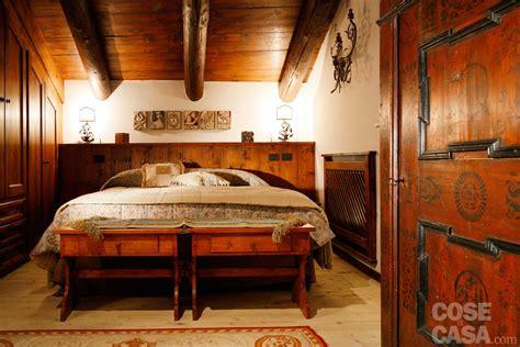 illuminazione per di montagna mansarda tutta legno nuova vita per la casa di montagna