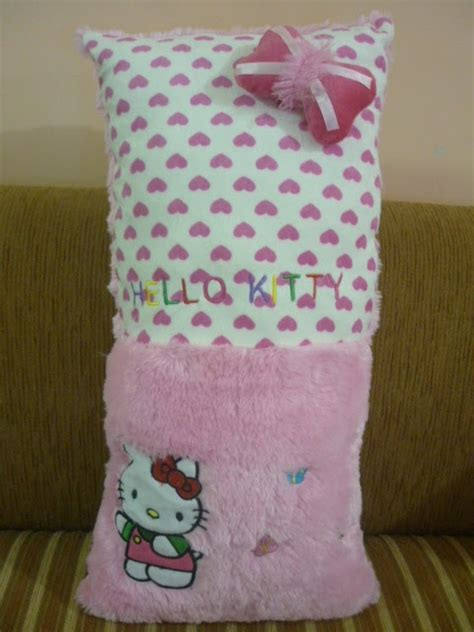 Bantal Leher Kartun Lucu syntia emwe collection bantal karakter kartun lucu