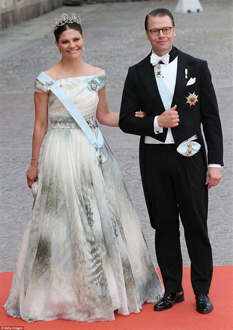 sofia hellqvist weds prince carl philip in sweden royal