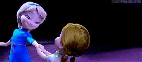 imagenes que se mueven de frozen which disney princess was the cutest baby m magazine