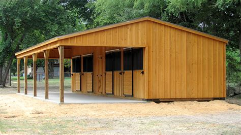 custom horse barn builders portable horse barns  sale deer creek structures