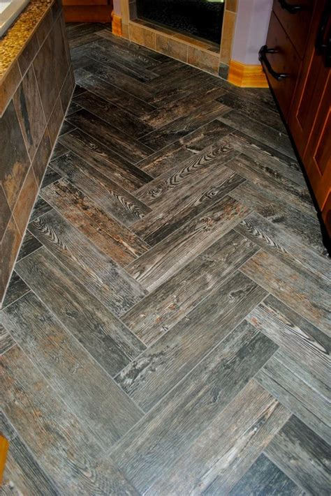 rustic bathroom tile 25 best ideas about small rustic bathrooms on pinterest country bathroom