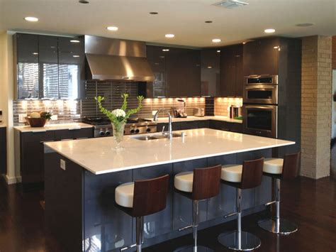 Wood Backsplash Kitchen by Modern Kitchen Contemporary Kitchen Dallas By