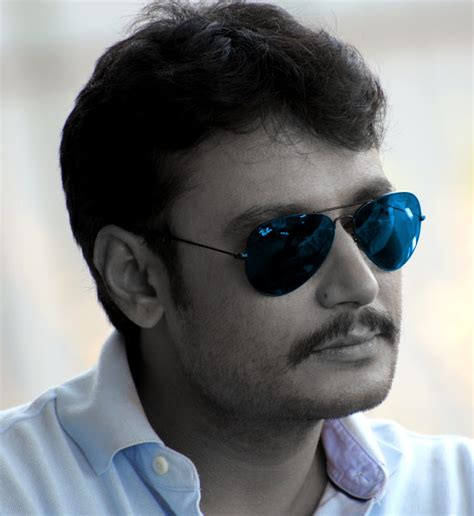 biography of kannada film actor darshan darshan kannada actor marriage pics movies list