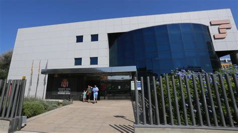 oficinas de seguridad social en barcelona un respiro para las pensiones la seguridad social reduce