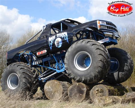 monster truck videos for monster truck wallpaper cool hd wallpapers