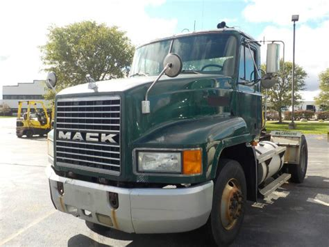 Commercial Truck Tires Wilmington Nc 2002 Mack Ch612 Wilmington Oh 120364175