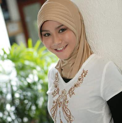 Sis Zaskia Mocca gambar artis dan model indonesia august 2007
