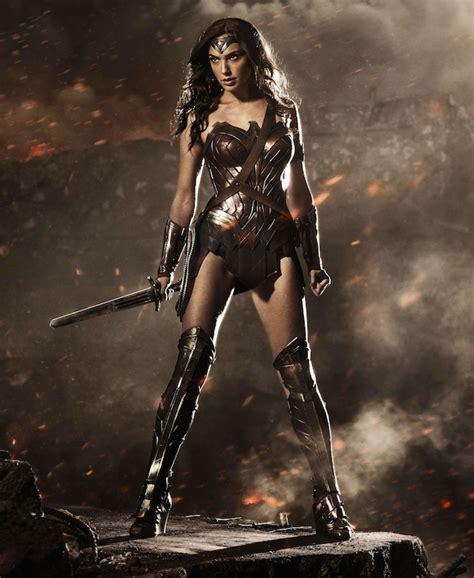 gal gadot new film wonder woman banned by lebanon over israeli lead gal gadot