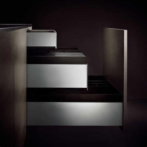 Porsche Design Kitchen P 180 7340