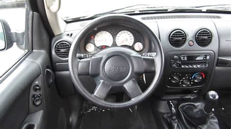 liberty jeep interior jeep liberty 2004 interior pixshark com images