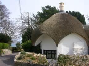 umbrella cottage lyme regis 169 richard slessor geograph