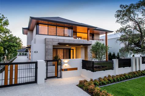 Contemporary Modern Homes by