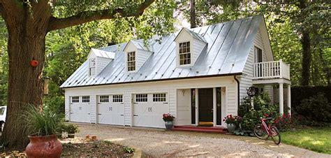 garage style homes tour these beautiful historic waterfront homes in virginia