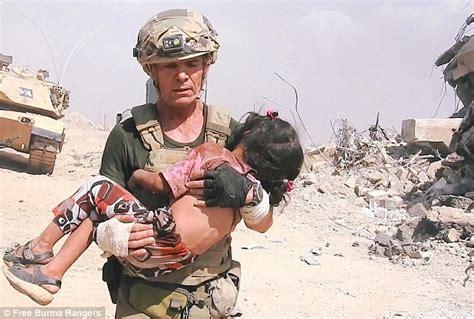 us army david a christian david eubank runs through gunfire in mosul to save a child