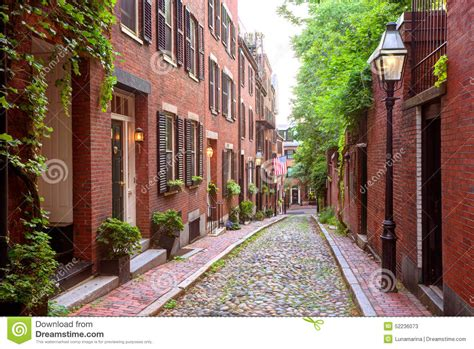 acorn street l acorn street beacon hill cobblestone boston stock image