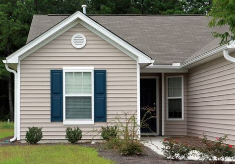 house and shutter color combinations best ideas about shutters for tan house dark shutters and