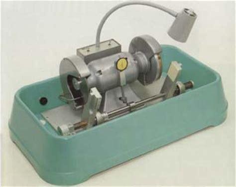 Hillquist Thin Section Machine