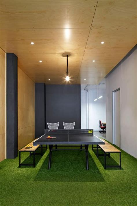 Table Tennis Meeting Table Butterfly Personal Rollaway Table Tennis Table Conference Room Offices And Green Carpet