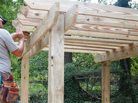 How To Build A Pergola How Tos Diy How To Build Pergolas