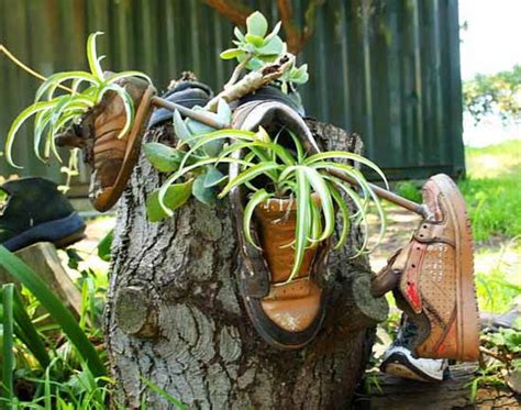 Cheap Planter Ideas by 20 Ways To Recycle Shoes For Planters Cheap Decorations