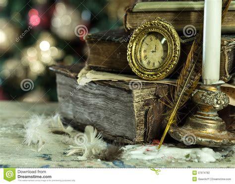 imagenes navidad y libros los libros viejos y el vintage registran en fondo de la