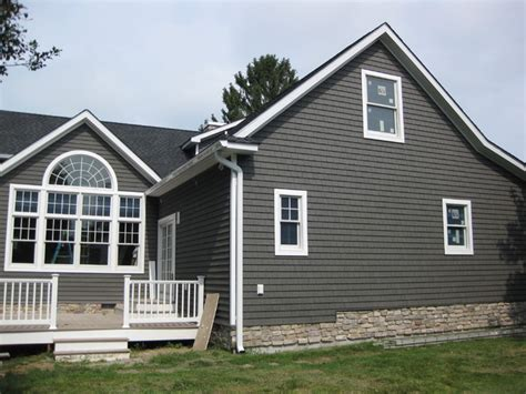Vinyl Siding Traditional New York by Weatherguard Home Service