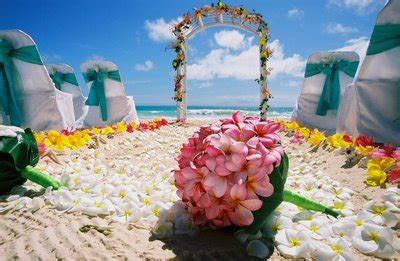 Hawaiian Wedding Flower Picture by Weddingspies Hawaiian Wedding Flower Bouquets Hawaiian