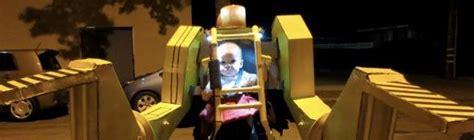 film avec exosquelette exosquelette power loader avec b 233 b 233 d 233 guisement pour