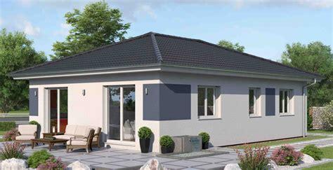 wochenendhaus bauen massives wochenendhaus bungalow mit ytong bauen