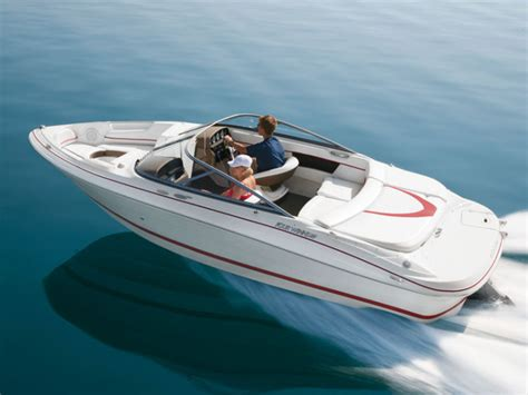 bow winds boat research four winns boats 200 horizon bowrider boat on