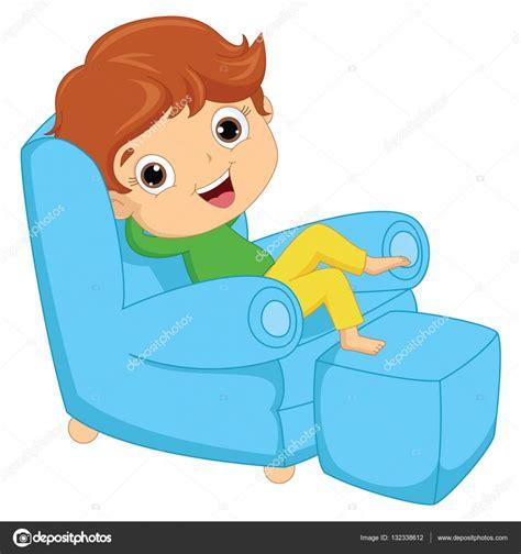 imagenes niños sentados vector ilustraci 243 n de un ni 241 o sentado en el sill 243 n